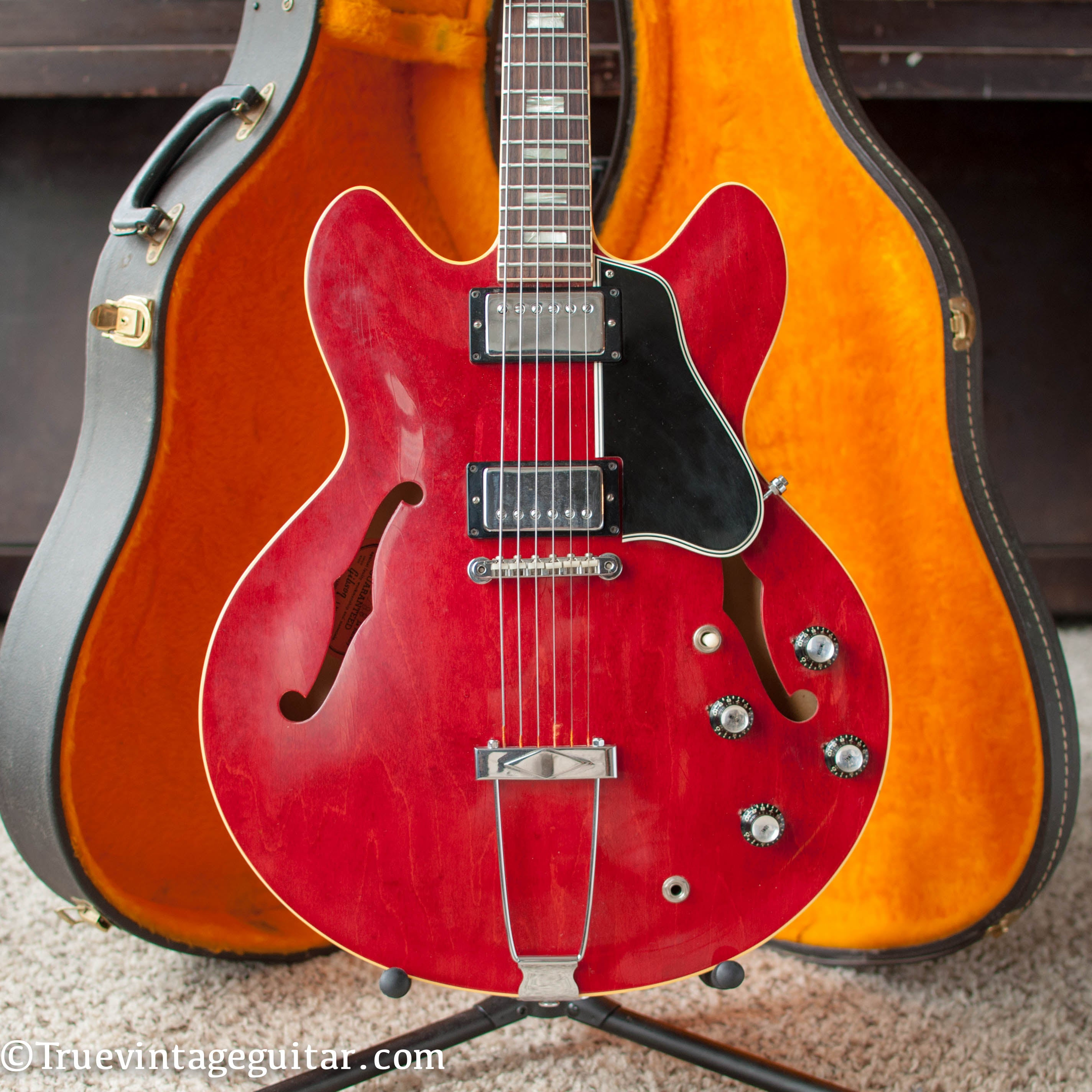1966 Gibson ES-335 guitar Cherry Red
