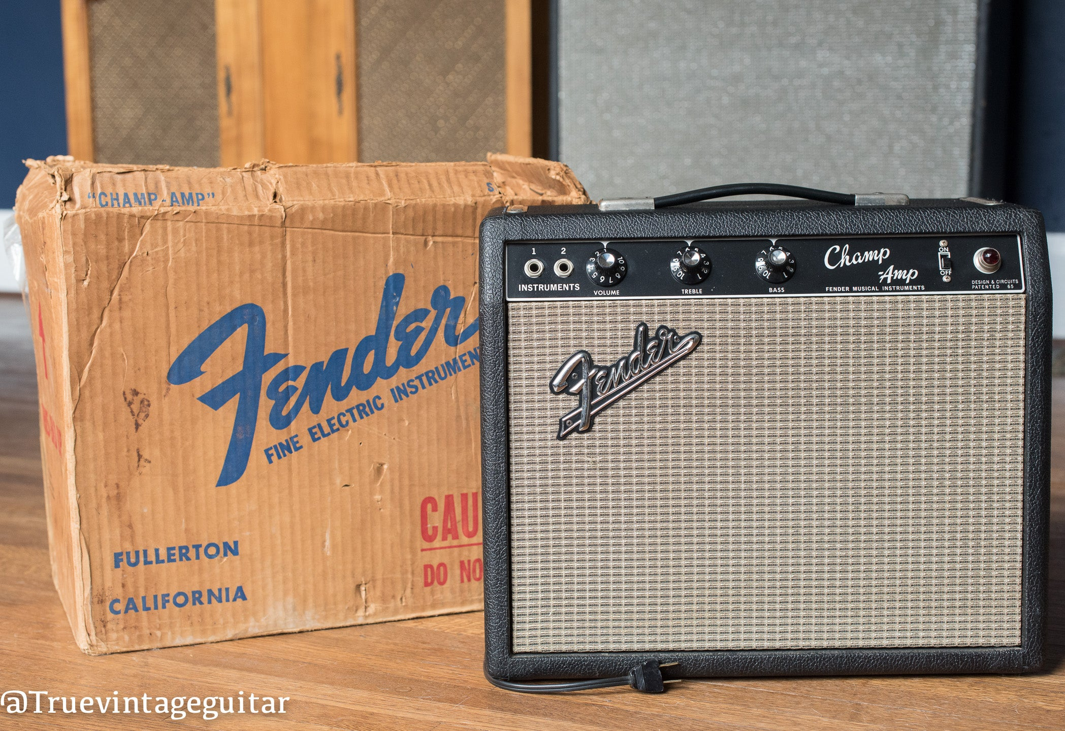 Vintage 1966 Fender Champ guitar amplifier shipping box