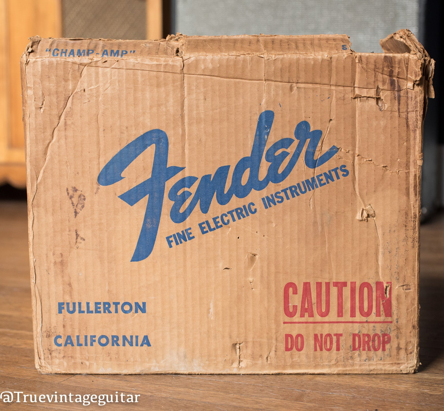Vintage Fender Shipping Box, Champ 1966