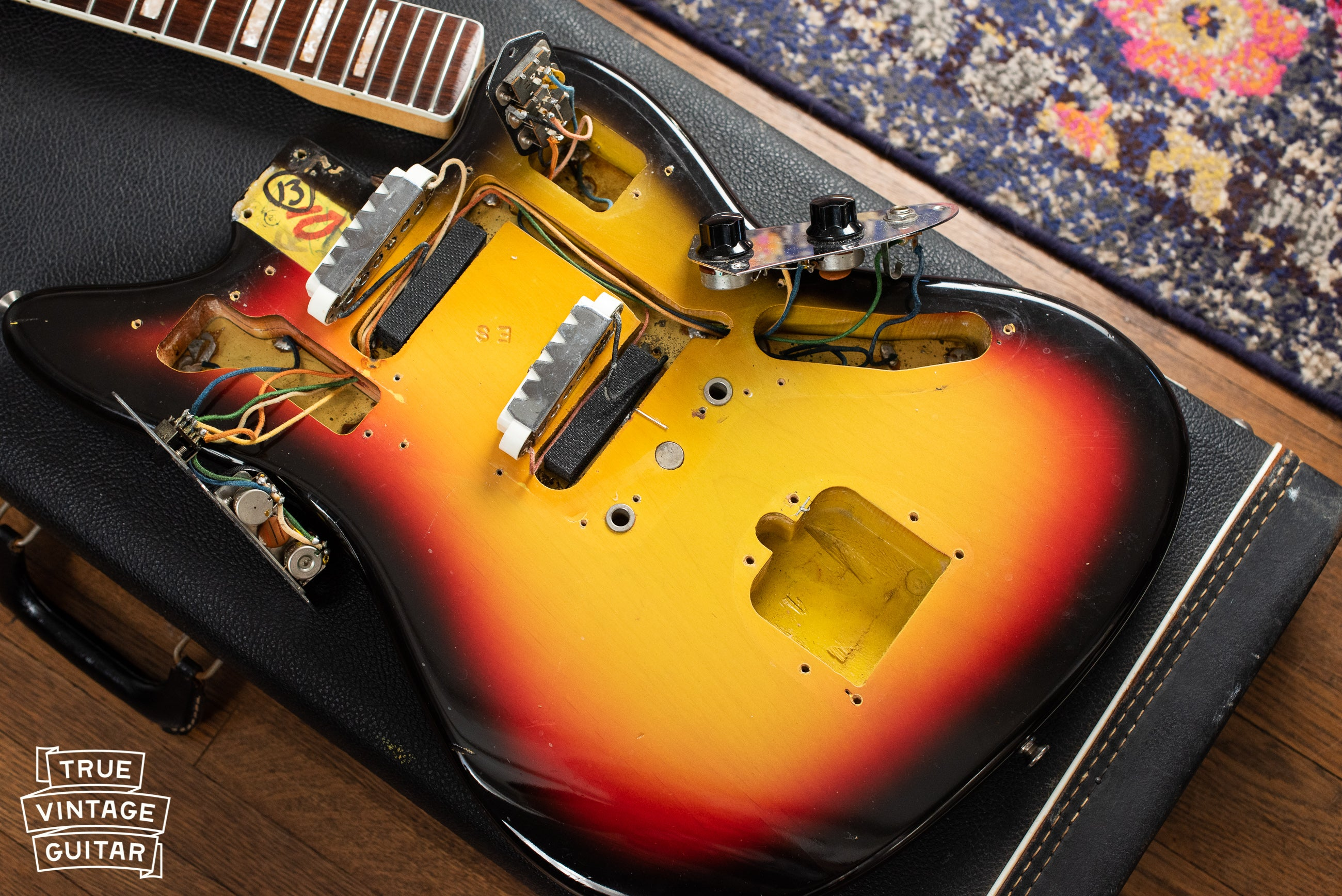 How to sell vintage Fender guitar