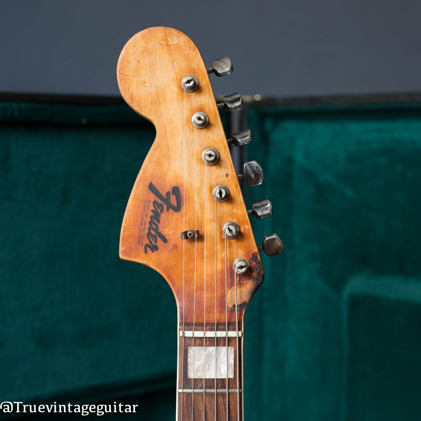 Fender left headstock backwards logo