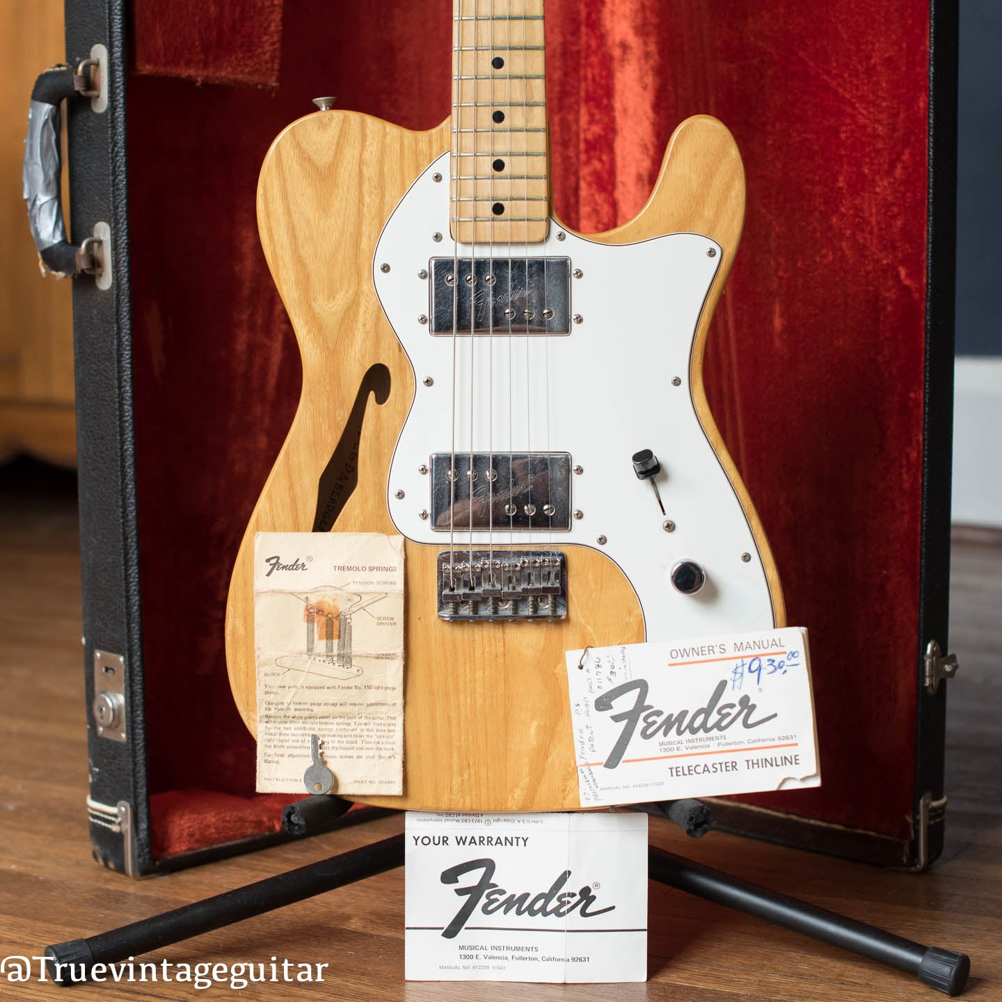 Fender Telecaster Thinline guitar 1974 hang tags
