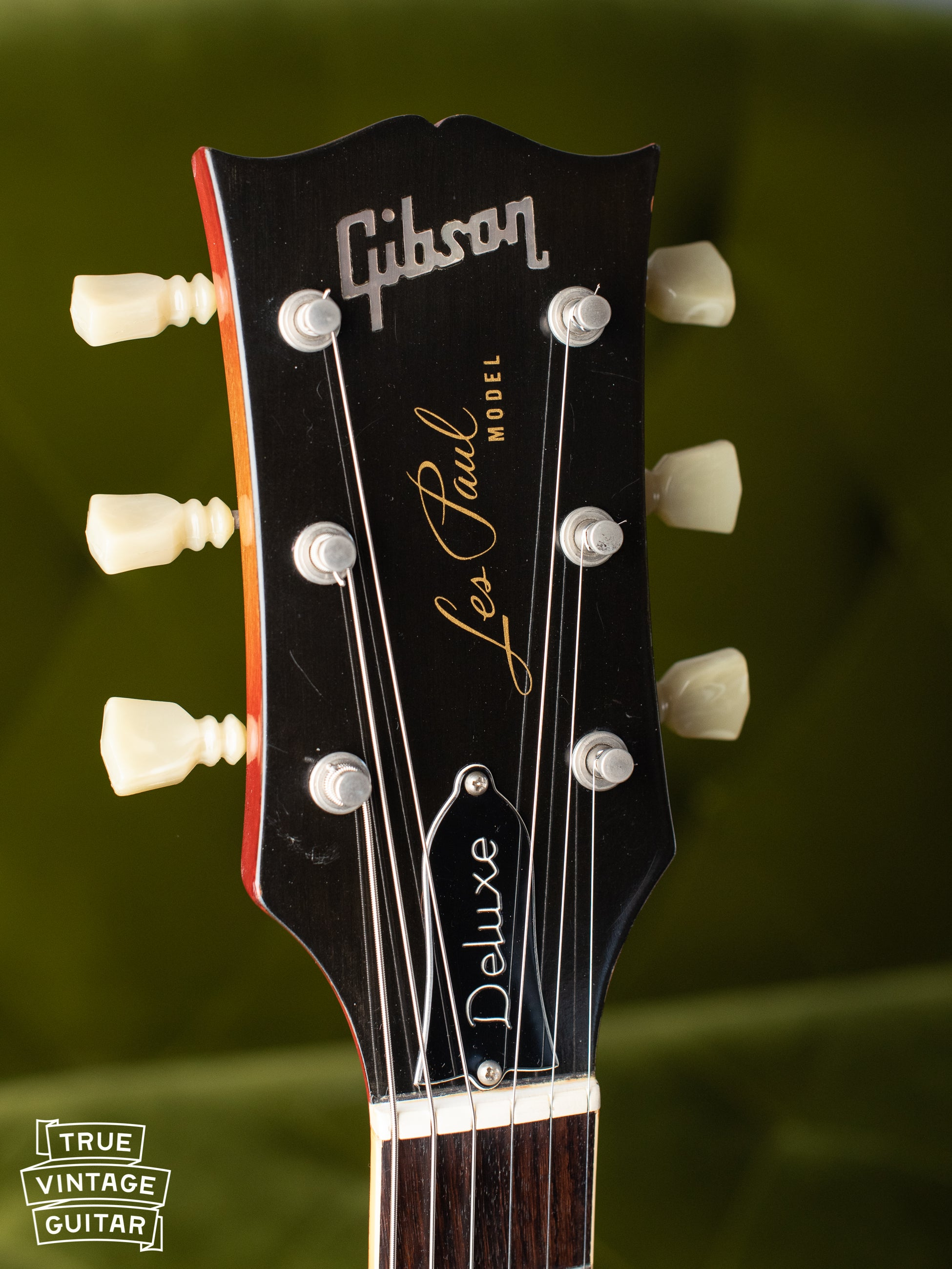Gibson Les Paul Deluxe headstock vintage 1970