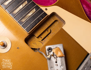 Neck pickup cavity, Vintage 1954 Gibson Les Paul goldtop