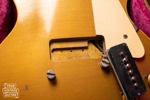 Bridge pickup cavity, Vintage 1954 Gibson Les Paul goldtop