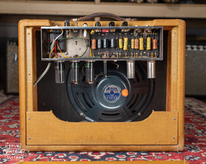 1958 Fender Deluxe amp chassis circuit