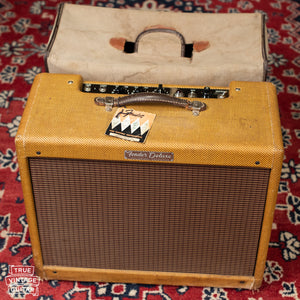 Vintage 1958 Fender Deluxe Amp with hang tag