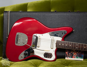 Offset waist Fender Jaguar 1966