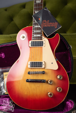 1970 Gibson Les Paul Deluxe with hang tag