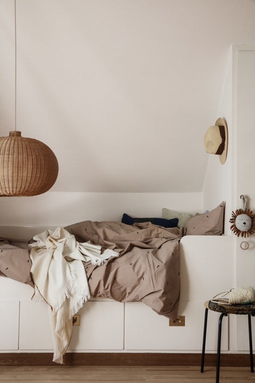 ferm Living Dot Embr. sengetøj - Junior - Dusty Rose
