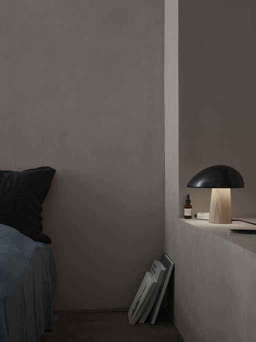 fritz-hansen-night-owl-colour-ash-bordlampe-midnattsbla-ask
