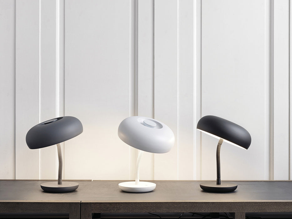 Watt A Lamp Bend touch bordlampe - sort-Designfund.dk