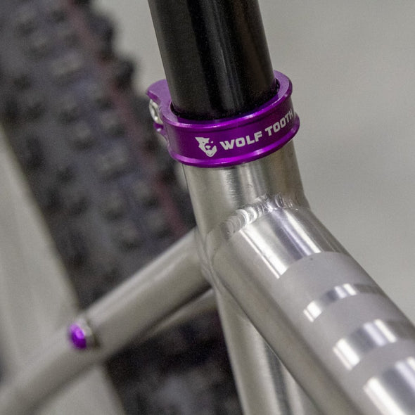 Wolf Tooth Seatpost clamp, seat post collar, purple on road bike