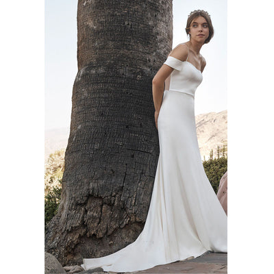 White Sling One-Word Shoulder Sexy Hollow Simple Cool Wind Evening Dress