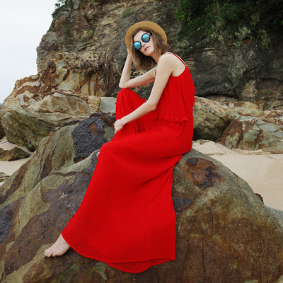 Red Pleated Suspenders With Dew-Back Dresses And Pants For Beach Vacation