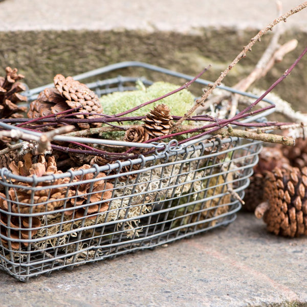 vintage style wire shopping basket