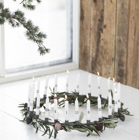 round wreath advent candle holder for 24 thin taper candles