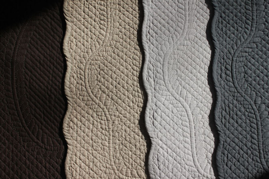 Quilted Cotton Placemat Grey Mouse Dark Brown Or Linen