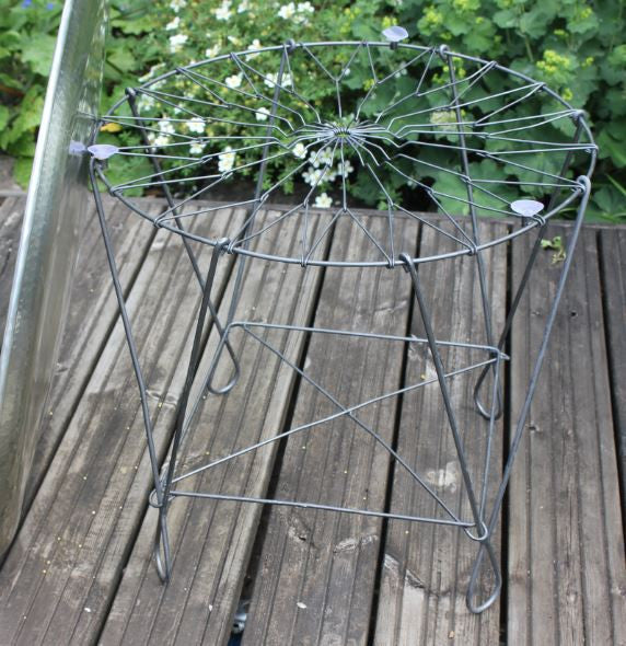 Folding Metal Base for Large Metal Tray - Greige - Home & Garden - Chiswick, London W4