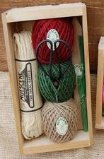 Nutscene® Seed Tray Gift Box - Green/Red - Greige - Home & Garden - Chiswick, London W4