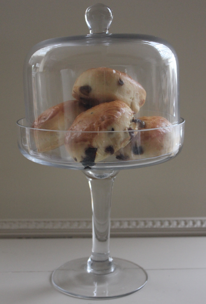 Short Stem Glass Cake Stand Amp Dome