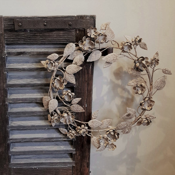 French Vintage Style Metal Wall Wreath - Antique Cream - Greige - Home & Garden - Chiswick, London W4