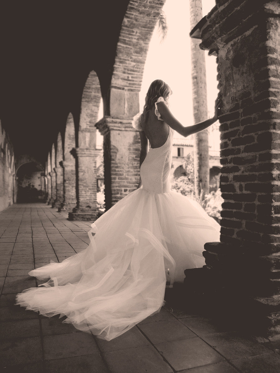 Vivianna backless mermaid wedding gown by Lauren Elaine. Los Angeles designer bridal gowns.