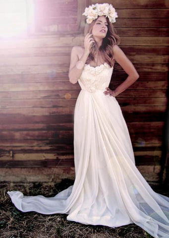 Bella Gown by Lauren Elaine. Affordable designer wedding gowns. Made in the USA.