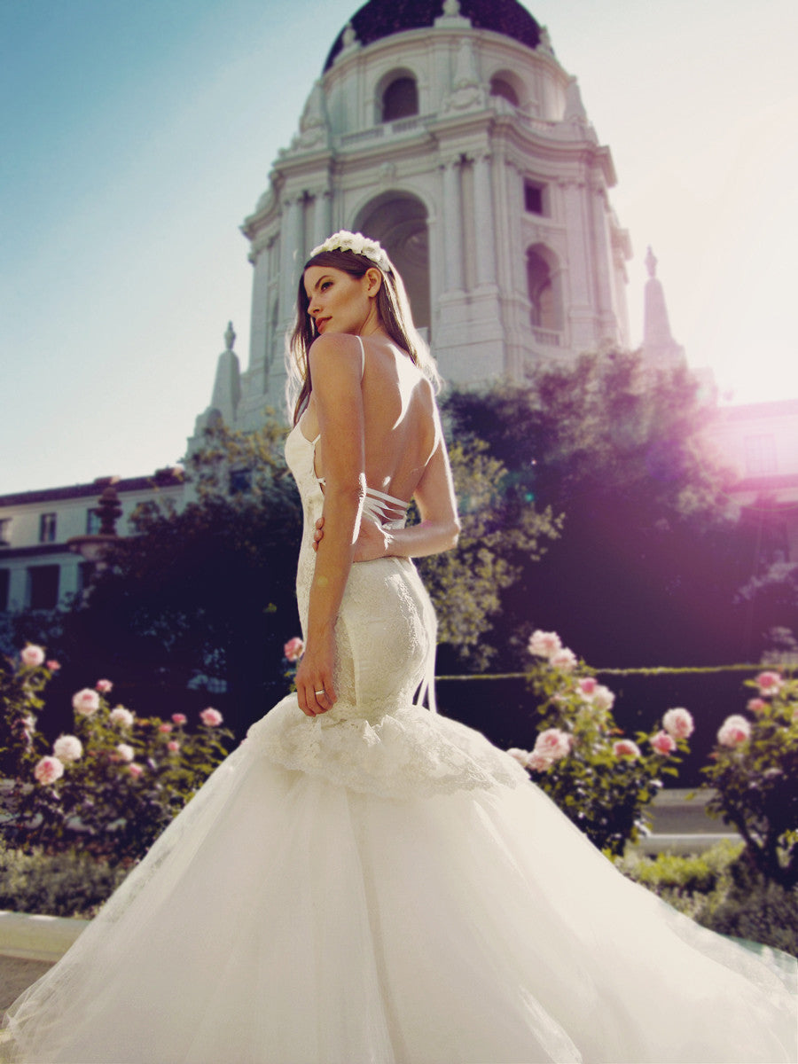 Sexy backless mermaid wedding gown with lace-up ribbons and lace peplum skirt