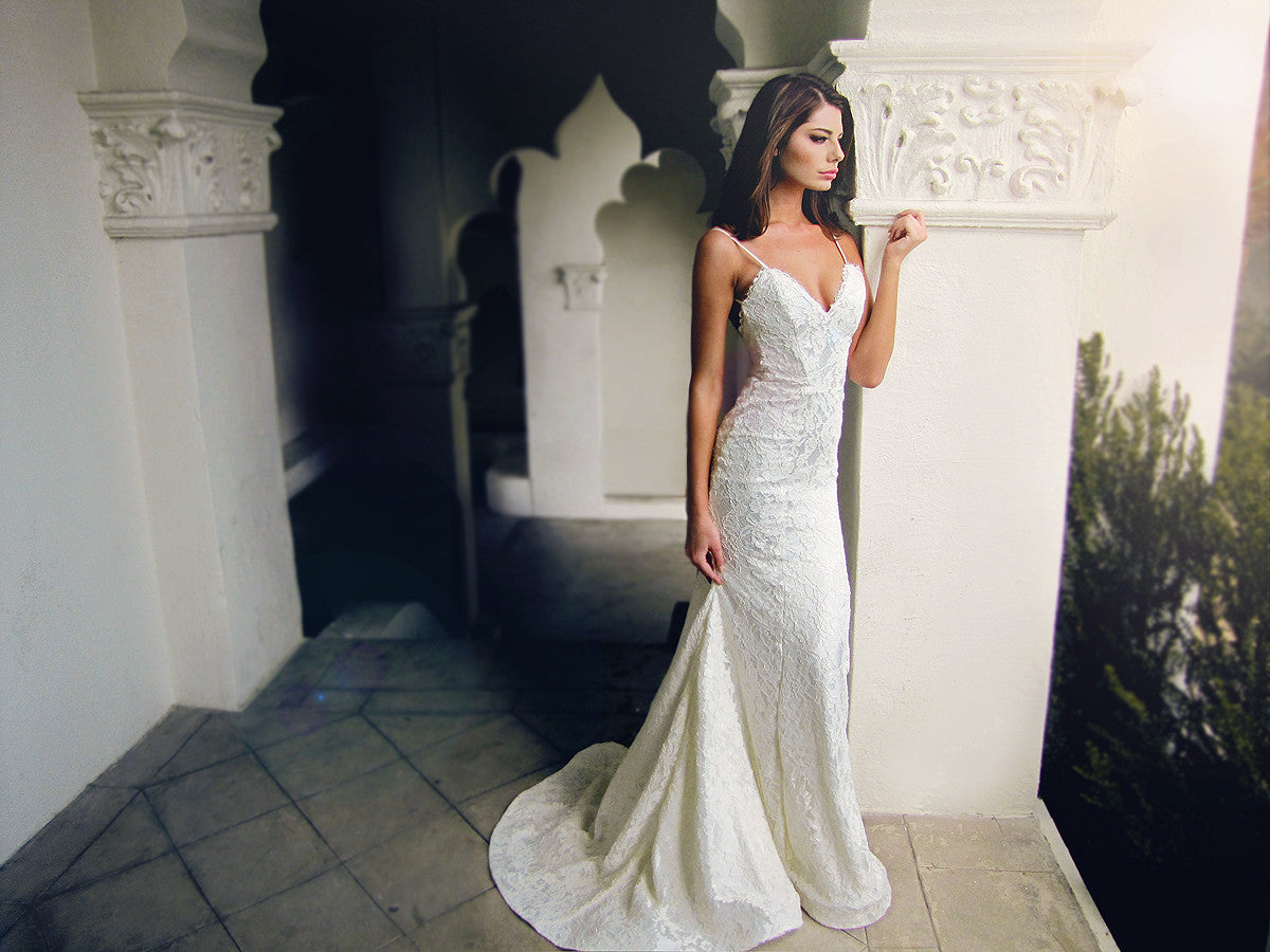 Fit and flare lace trumpet mermaid gown. Isla by Lauren Elaine. Couture bridal.