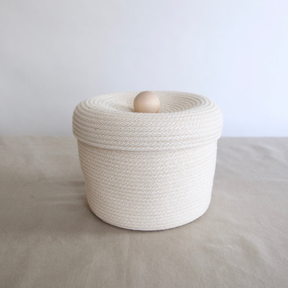 Large Lidded Storage Basket