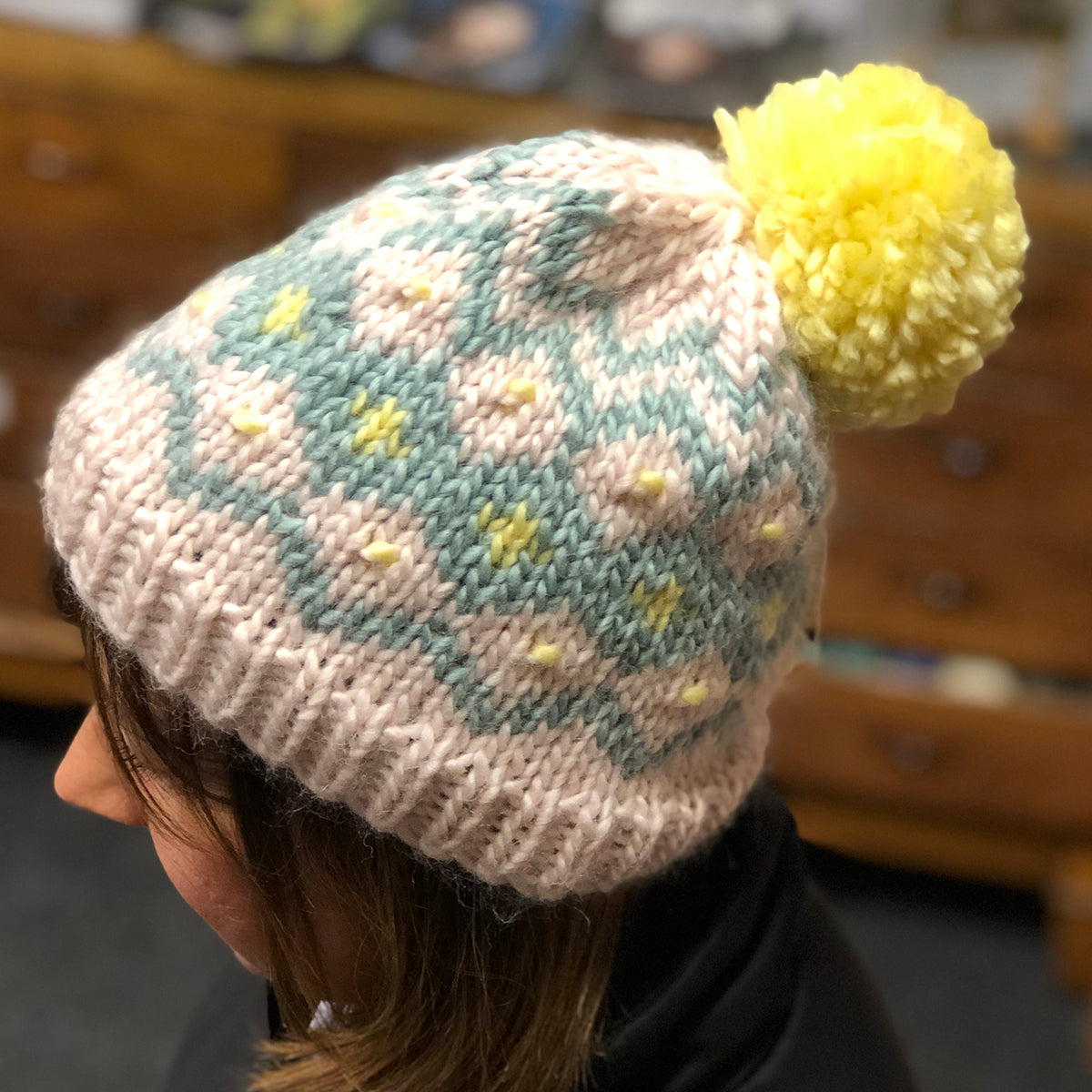 Hats, hats and more hats! Knit and crochet hats to make