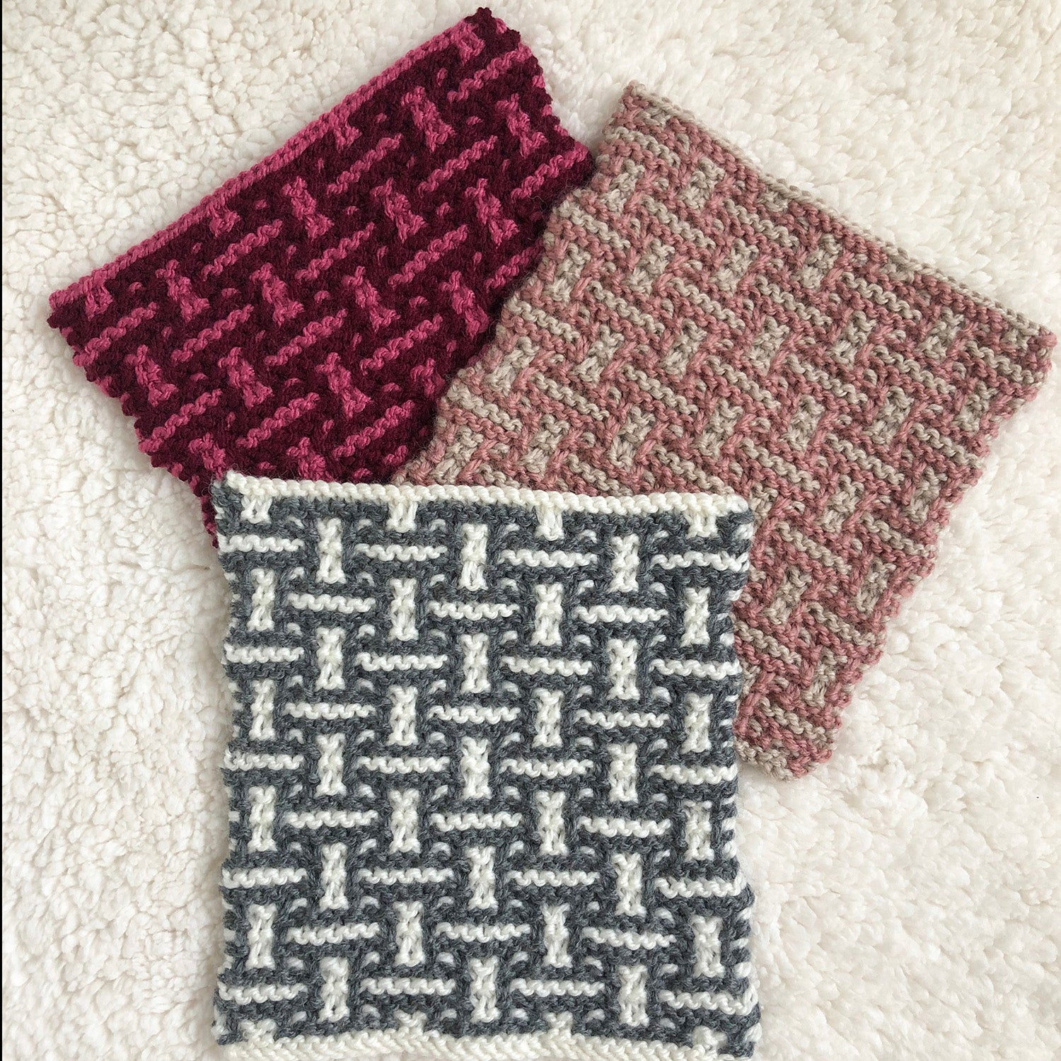 Week 2 New Lane - A Day Out Knit Along Blanket by Sarah Hatton - How to knit mosaic stitch