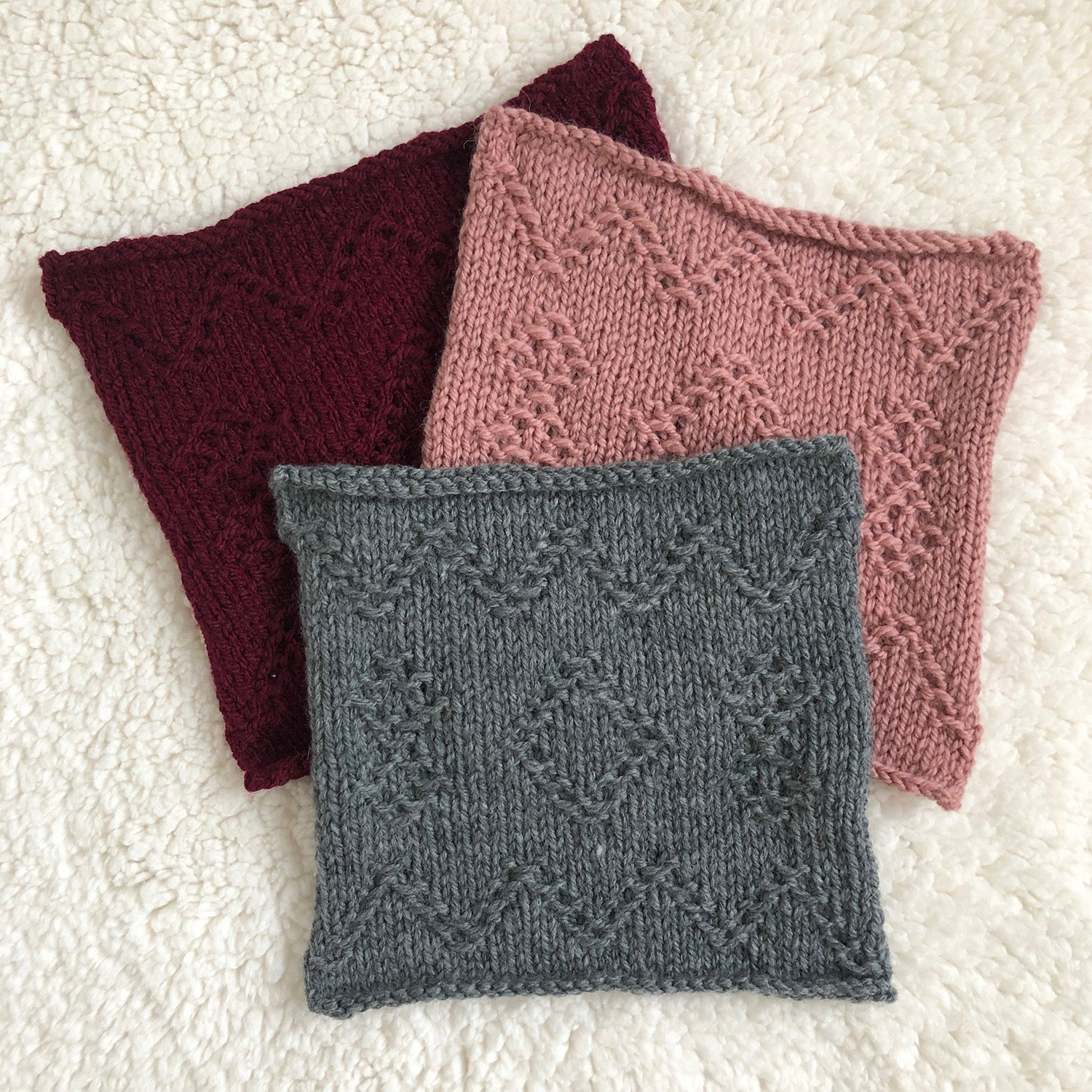 Week 3 Hob Hey Lane - A Day Out Knit Along Blanket by Sarah Hatton - How to follow a knitting chart