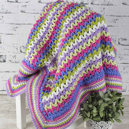 Chunky Monkey V-Stitch Blanket in Scheepjes Chunky Monkey