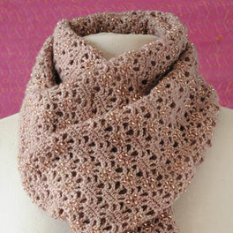 Hollicars Crochet Scarf Pattern by Janie Crow