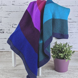 Very Berry Smoothie Knitted Blanket in Scheepjes Chunky Monkey