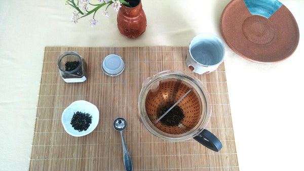Sitting down for our last cup of Darjeeling first flush 2014.
