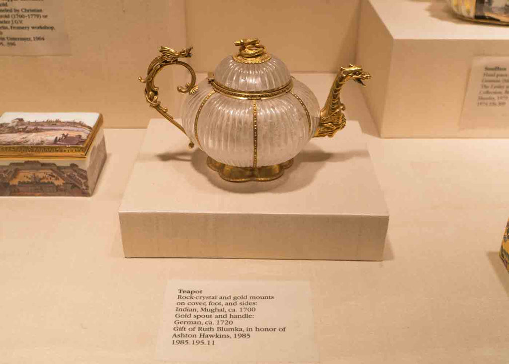 MET tea pot collection