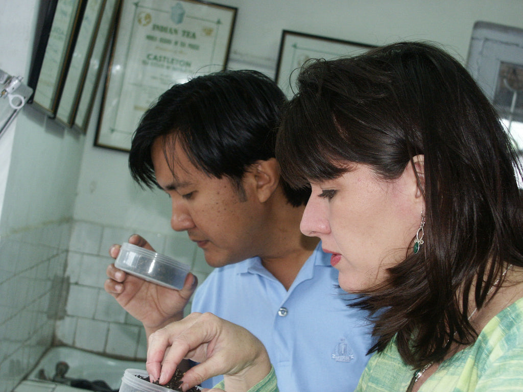 Tasting, Castelon Tea Estate, Darjeeling 2004, Happy Earth Tea