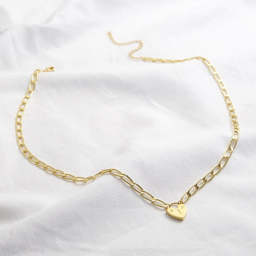 Figaro Chain Necklace with Heart Lock (Gold)