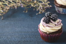 Load image into Gallery viewer, blackberry cake