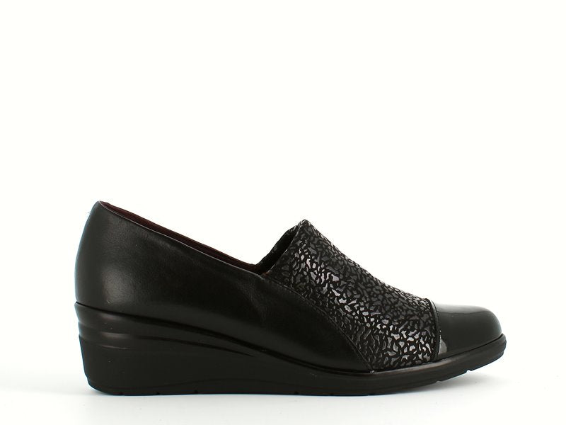 Pitillos Slip On Wedge Pattern Black