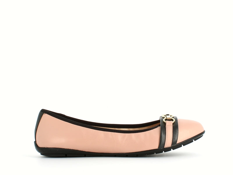 Caprice Pump Rose & Black