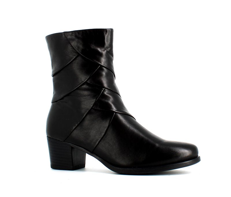 Caprice Leather Boot Black