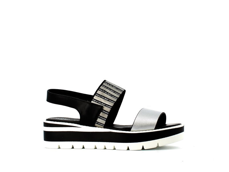 Betsy Sandals Black/Silver