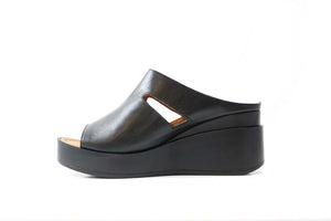 Cinders Leather Wedge Black