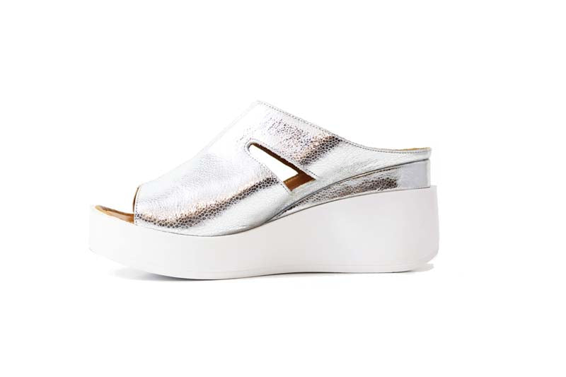 Cinders Leather Wedge Silver