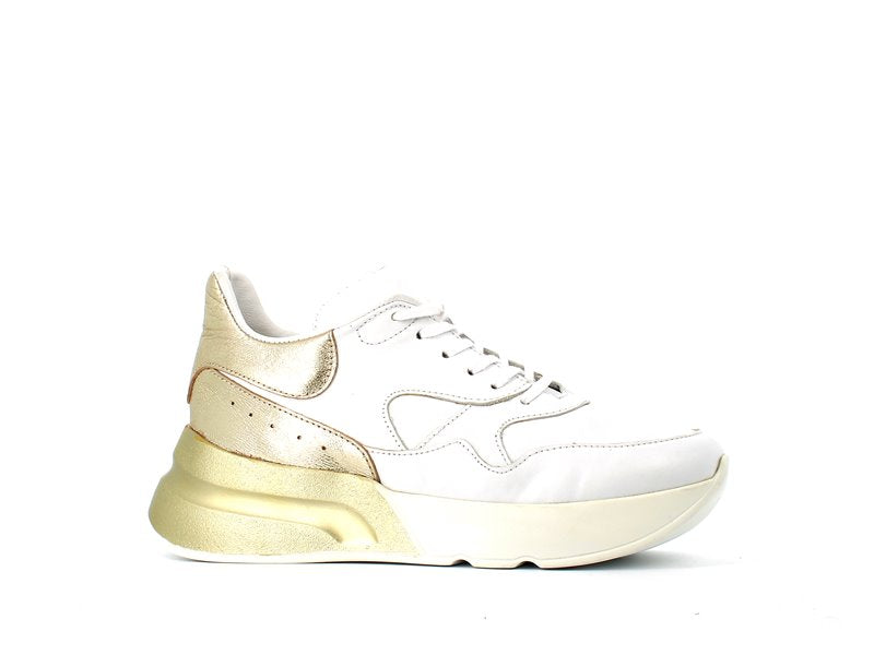 Cinders Leather Balcia Trainer White/Gold