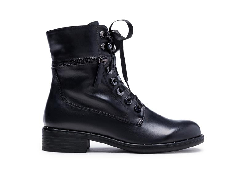 Regarde Le Ciel Roxana Laced Ankle Boot Black